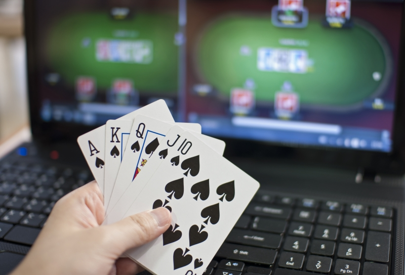 Carry Out People Make Money Playing Online Poker?